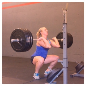 Jenna squatting 205 with ease