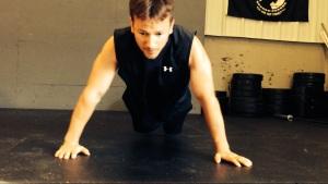 Chris blazing through some push-ups